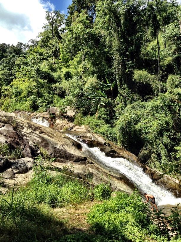 Mhor Phaeng Waterfall